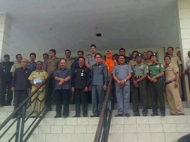 Pejabat Kemendagri pose bersama pimpinan SKPD dilingkup Pemkab Malaka