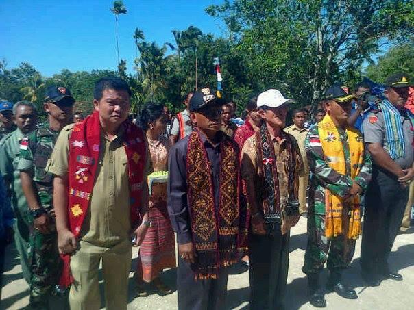 Tampak Penjabat Bupati dan jajaran Muspida mengunjungi Alas, Kecamatan Kobalima Timur