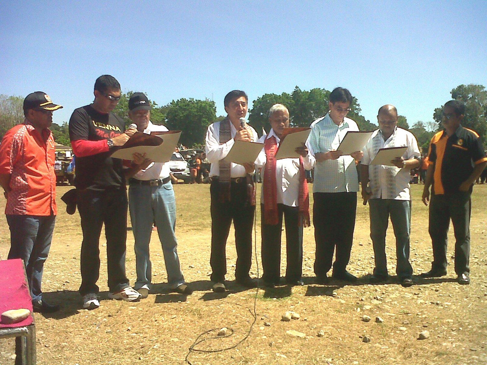 Tiga pasangan calon Bupati/Wakil Bupati Belu, bacakan ikrar kampanye damai.