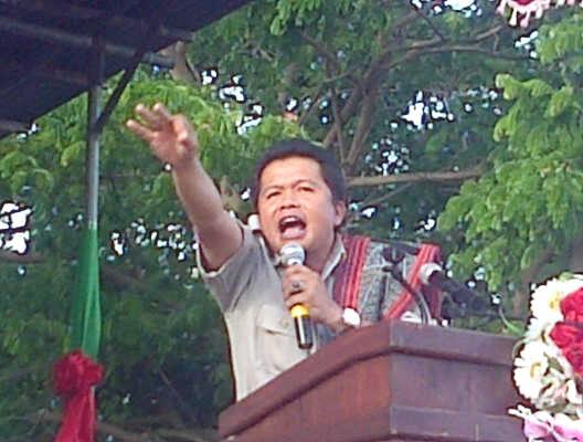 Cawabup Malaka, Benny Chandradinata sedang berorasi dalam Kampanye di Betun belum lama ini.