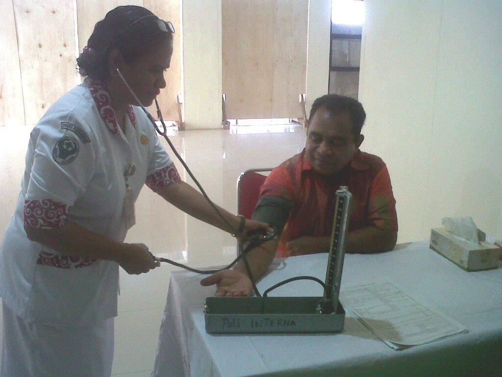 Calon Bupati TTU, Raymundus S. Fernandes jalani pemeriksaan kesehatan, Jumat pagi tadi.