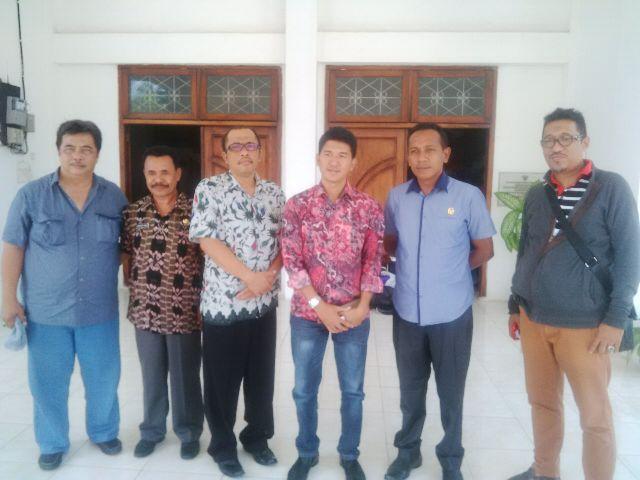 Jajaran DPRD Banyuwangi dan DPRD Belu pose bersama, Kamis kemarin.