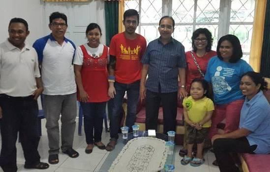 Jeriko bersama pendamping dan kaum disabilitas Kota Kupang.