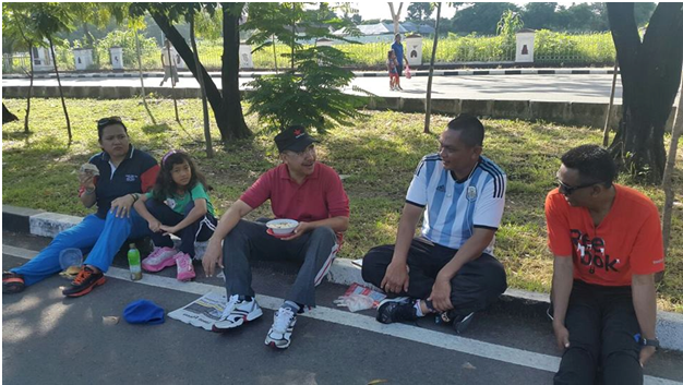 Jeriko ketika bersantai di Car Free Day di jalan El Tari Kupang, Sabtu (27/2) pagi tadi.