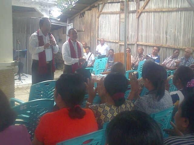 Bupati/Wabup Malaka ketika mengikuti syukuran pelantikan Bupati/Wabup di Atambua.