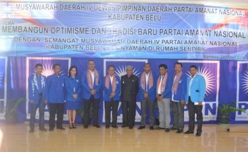 Ketua DPW PAN NTT, Awang Notoprawiro pose bersama jajaran Wabup Belu, JT. Ose Luan dan pengurus DPD PAN Belu.