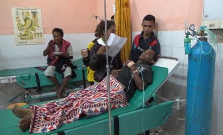 Salah satu korban miras oplosan sedang dirawat intensif.
