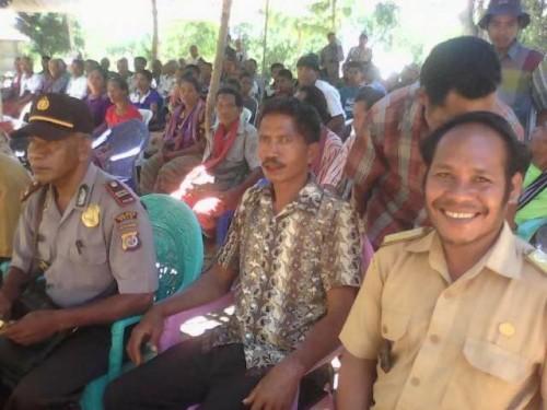 Aparat desa, kepolisian di Lotas meminta Pemprov NTT tuntaskan masalah batas Lotas antara Malaka dan TTS.