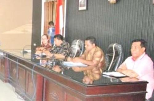 Pemkot dan KPU Kota Kupang lakukan pertemuan.