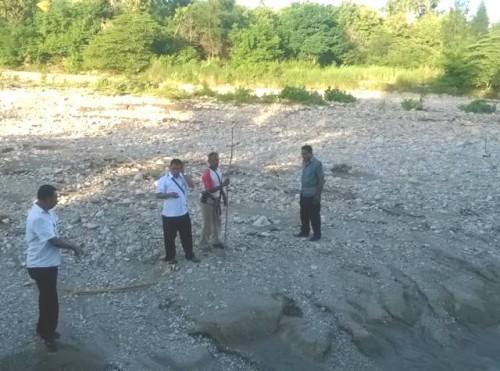 Survey alur Sungai Benenain.