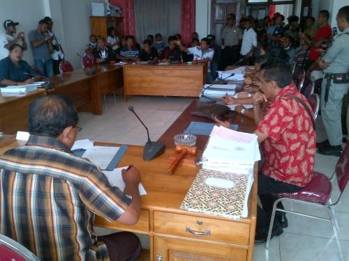 Dialog Komisi I DPRD Belu dengan Bara JP.