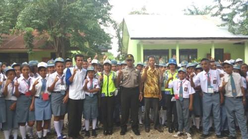 Siswa SMA Sinar Pancasila bertekad Tertib Lalin di Betun.