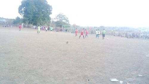 Pertandingan antara Gansab dan Kelinci FC