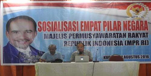 Seminar Empat Pilar di Kupang.