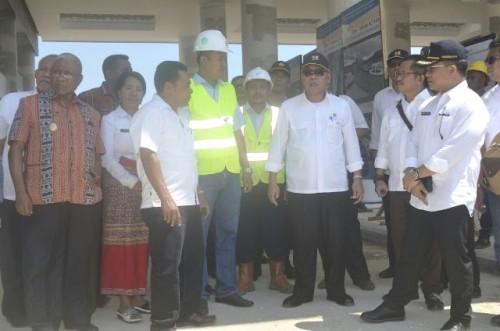 Menteri PUPR, Basoeki Hadimolejani pantau pembangunan PLBN Motaain.
