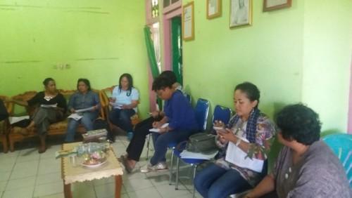 Aktivis Perempuan beri keterangan pers terkait Konferensi Perempuan Timor.