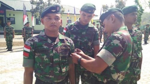 Upacara kenaikan pangkat anggota TNI