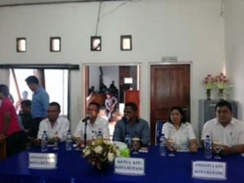 Pleno KPU Kota Kupang