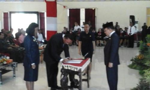 Gubernur lantik Plt. Wali Kota Kupang.