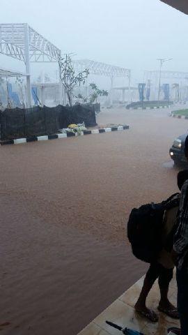 PLBN Motaain digenangi banjir.