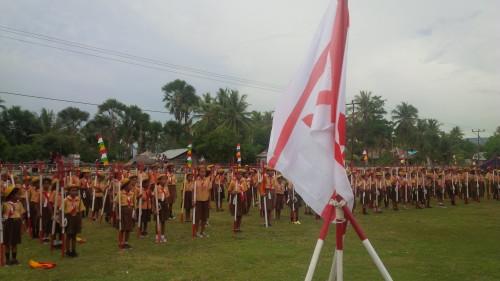 Kemah Pramuka yang diikuti murid SD di Malaka Barat.