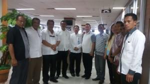 Ketua DPRD Malaka, Adrianus Bria Seran pose bersama anggota DPRD Malaka, saat mengunjungi Kemendikbud.