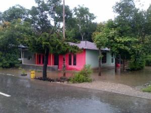 Rumah warga Tubaki tergenang air.