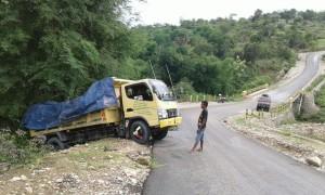 Inilah truk yang alami kecelakaan tunggal.
