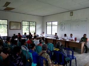 Rapat warga Bakustula bersama warga.