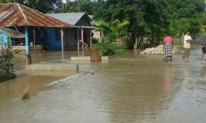 Sumur warga yang terkena banjir.