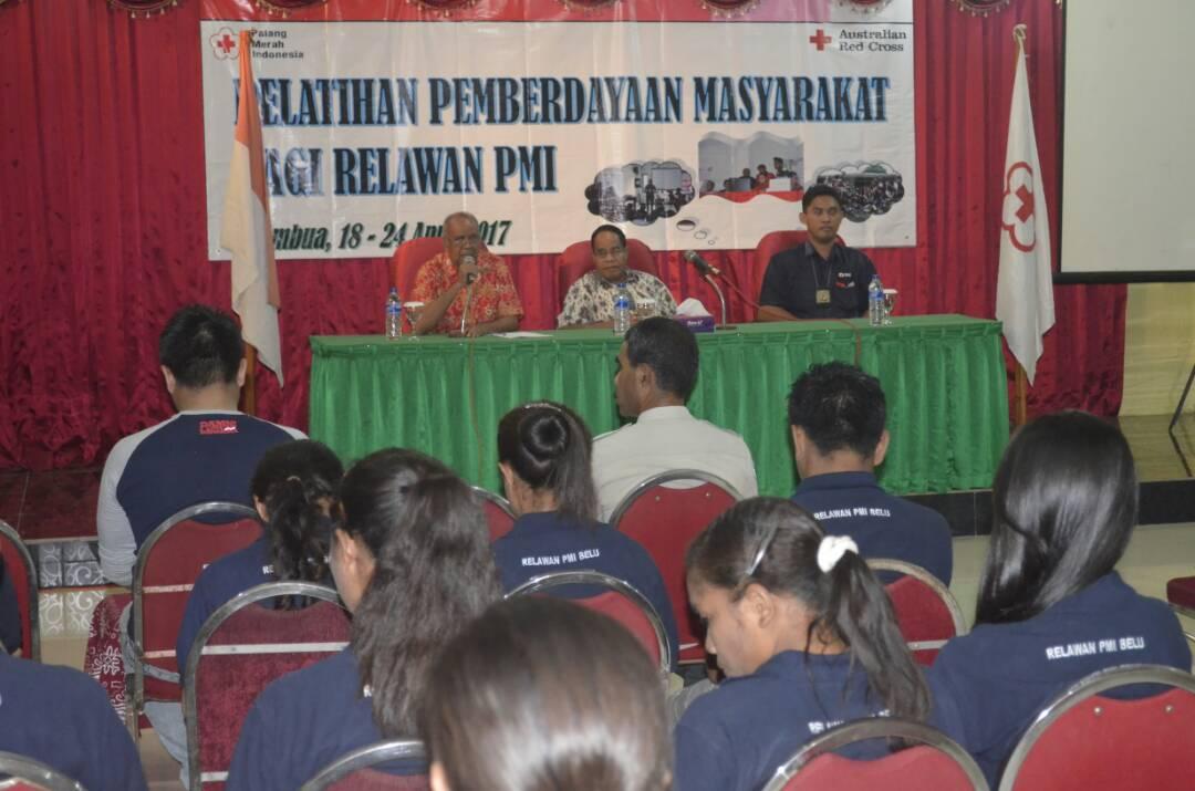 Relawan PMI ikut pelatihan.