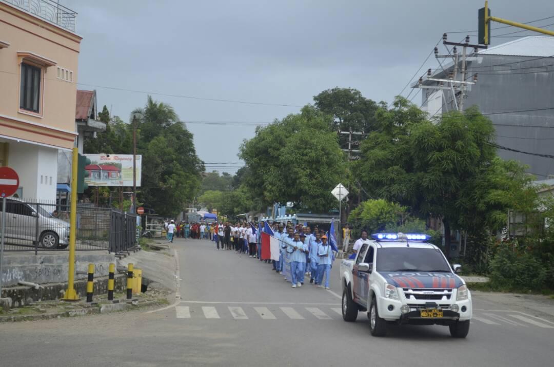 Jalan sehat jelang hari Buruh di Atambua.