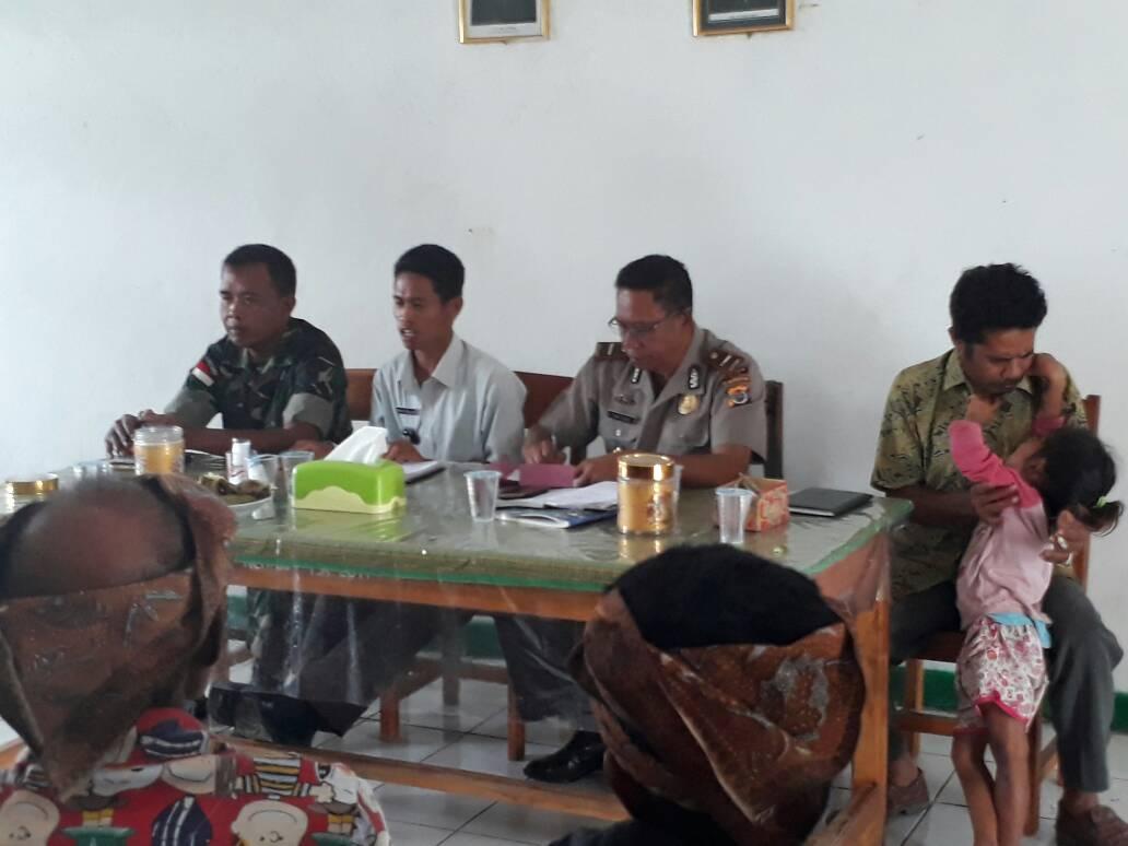Evaluasi pembangunan di Desa Renrua.