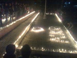 Warga Perbatasan RI-RDTL Nyalakan Ribuan Lilin untuk NKRI