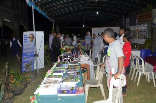 Uskup Atambua Launching Pameran Kreatifitas Biarawati Se-Keuskupan Atambua